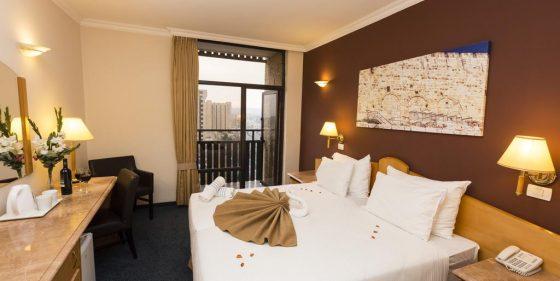 חדר בבית מלון גני ירושלים